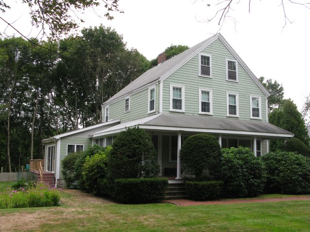 The Gowell House at 266 North Avenue
