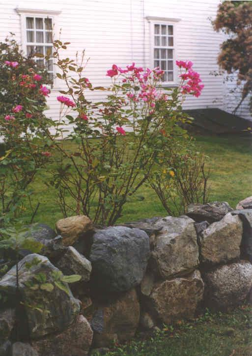 Short Rock Retaining Wall